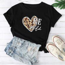 T-Shirt mit Buchstaben und Leopard Herzen Muster