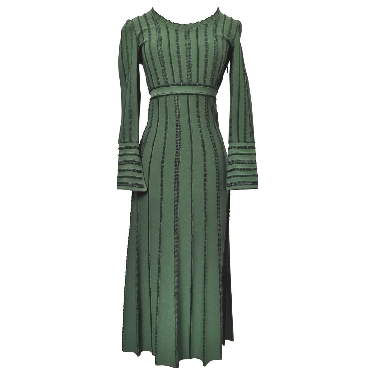 Fendi \N Kleid in  Gruen Viskose