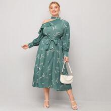 A-Linie Kleid mit asymmetrischem Kragen, Rueschen und Selbstband
