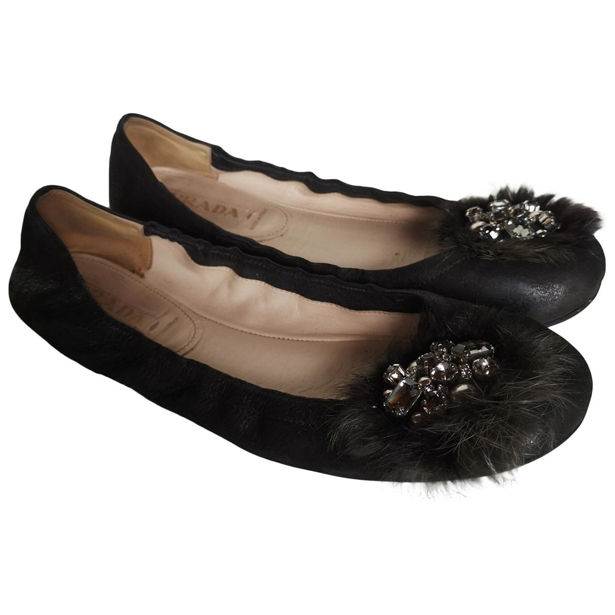 Prada \N Ballerinas in  Schwarz Leder
