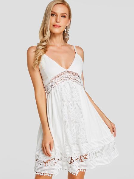 Yoins White Lace V Neck Sleeveless Tassel Hem Mini Dress