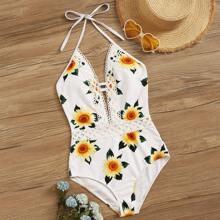 Einteiliger Badeanzug mit Sonnenblumen Muster und gehaekeltem Saum