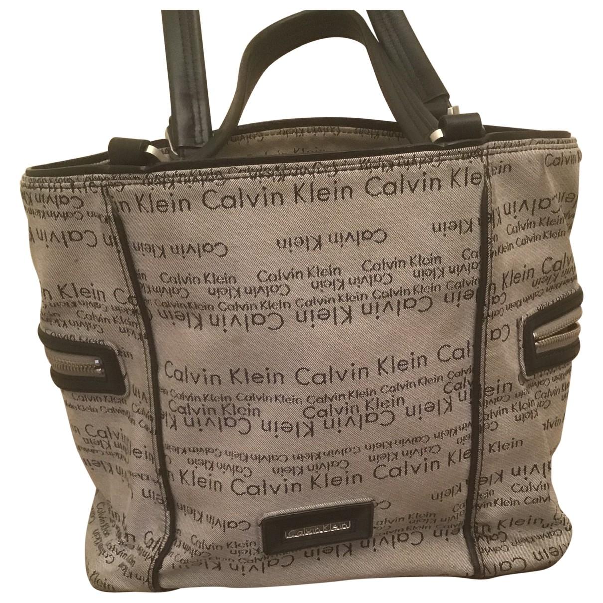 Calvin Klein \N Handtasche in  Grau Leinen