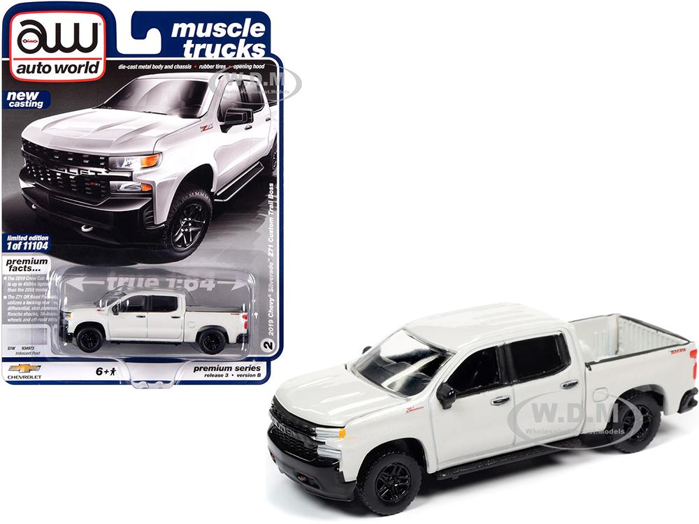 2019 Chevrolet Silverado Z71 Custom Trail Boss Pickup Truck Iridescent Pearl White
