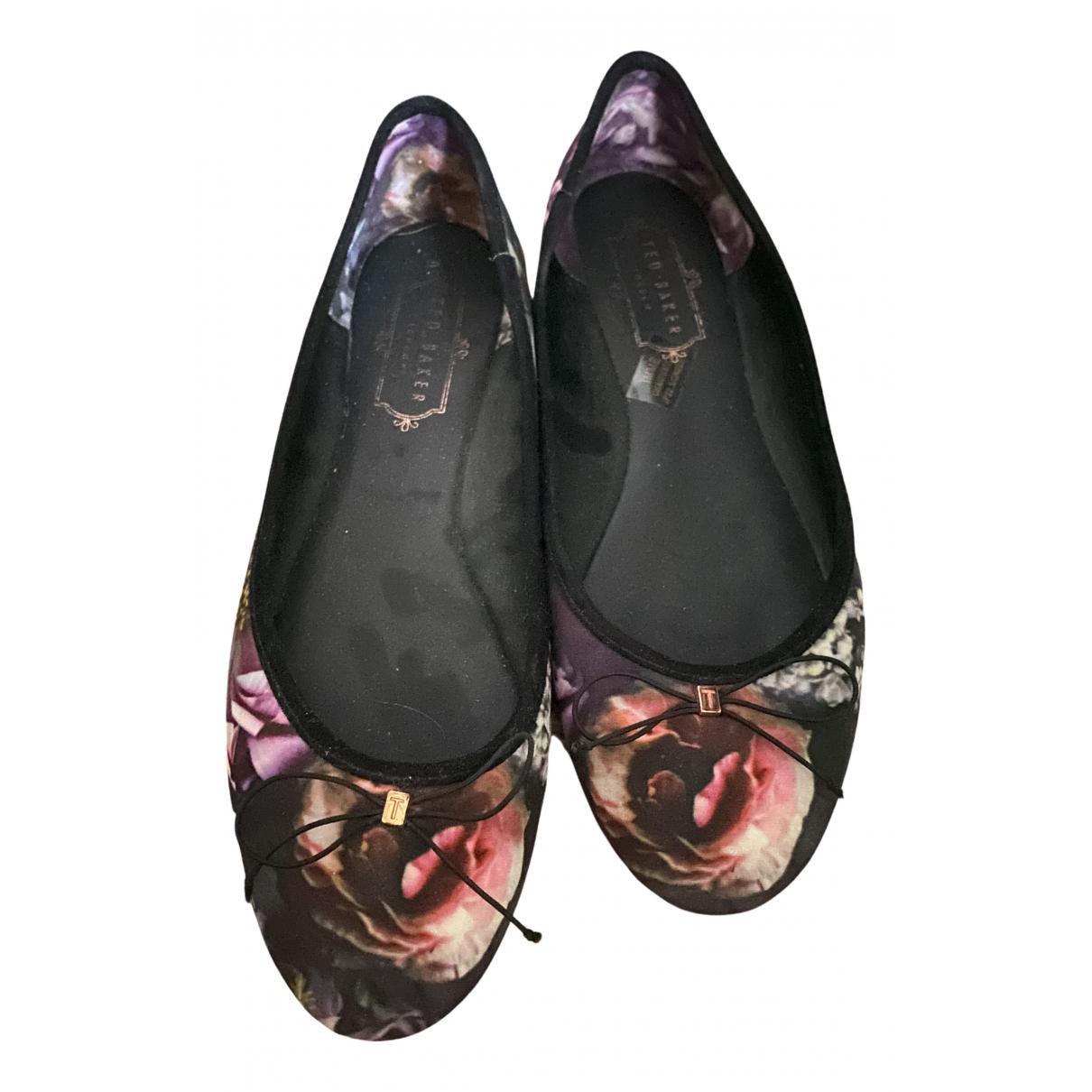 Ted Baker \N Ballerinas in  Bunt Leinen