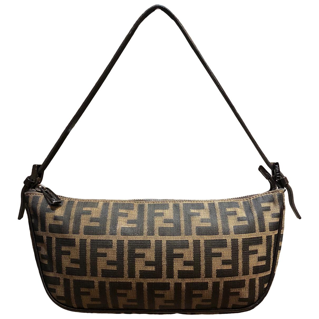 Fendi \N Cloth Clutch bag for Women \N