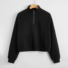 Sweatshirt mit halber Reissverschlussleiste und sehr tief angesetzter Schulterpartie