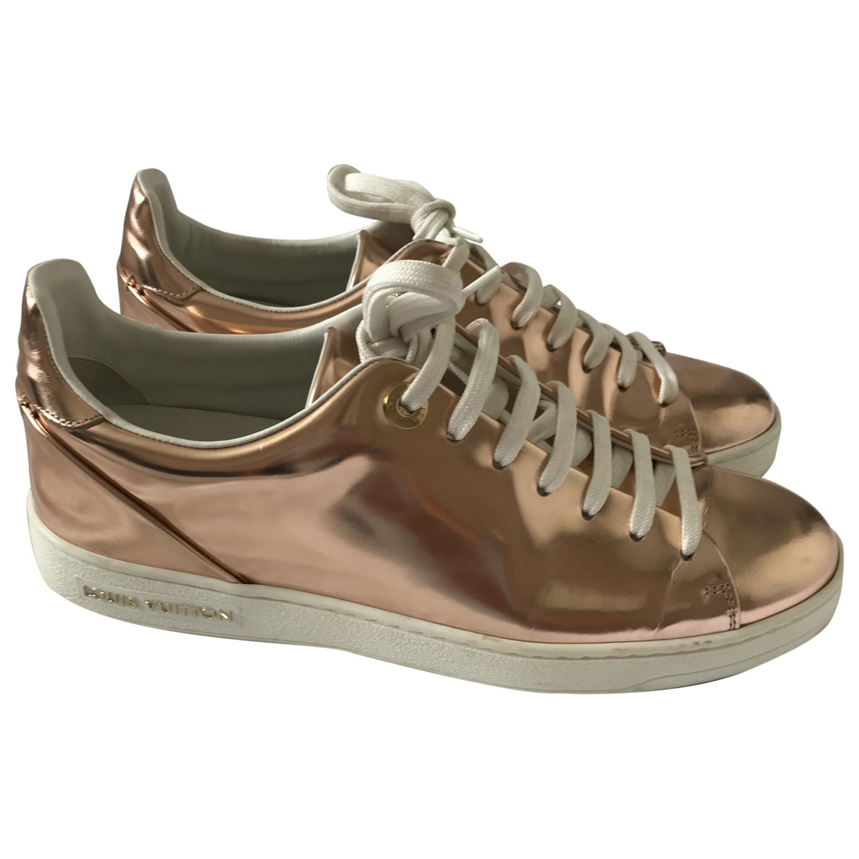 Louis Vuitton FrontRow Sneakers in  Gold Lackleder