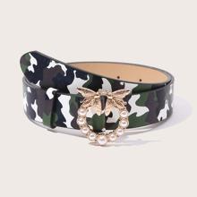 Cinturon con patron de camuflaje con perla artificial