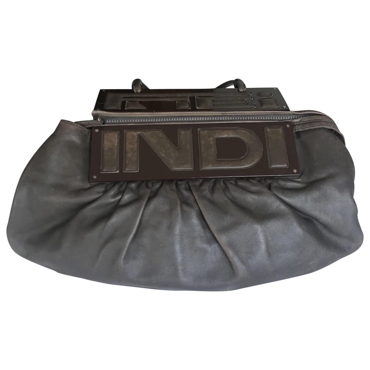Fendi Baguette Handtasche in  Braun Leder