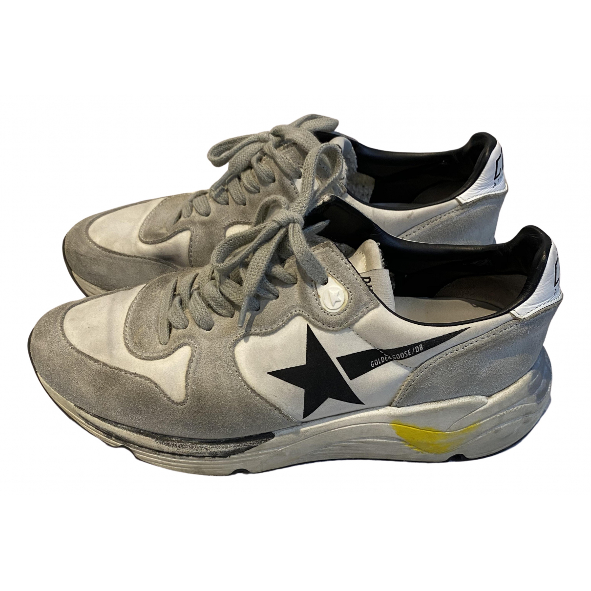 Golden Goose Running Sneakers in  Weiss Veloursleder