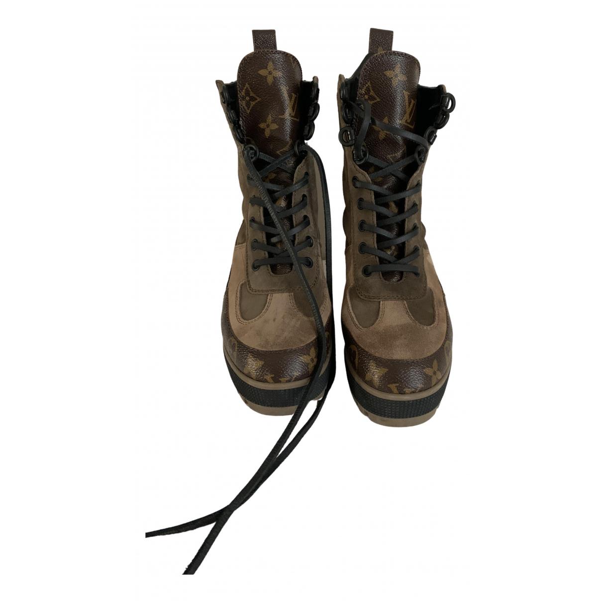 Louis Vuitton Laureate Khaki Leather Ankle boots for Women 36 EU