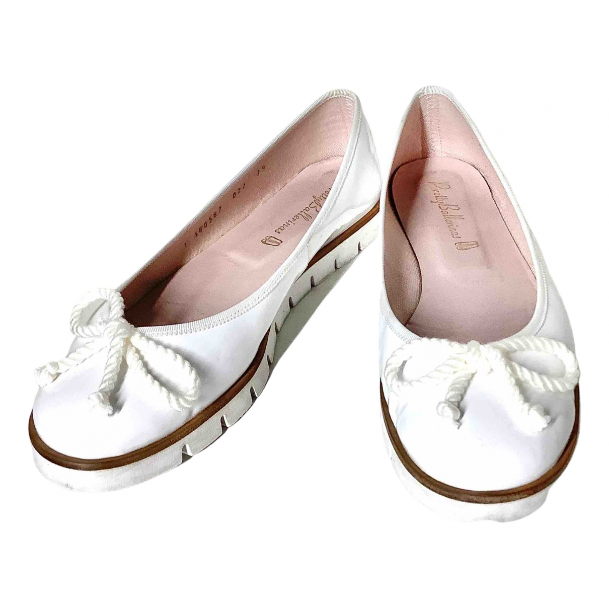 Pretty Ballerinas \N Ballerinas in  Weiss Lackleder