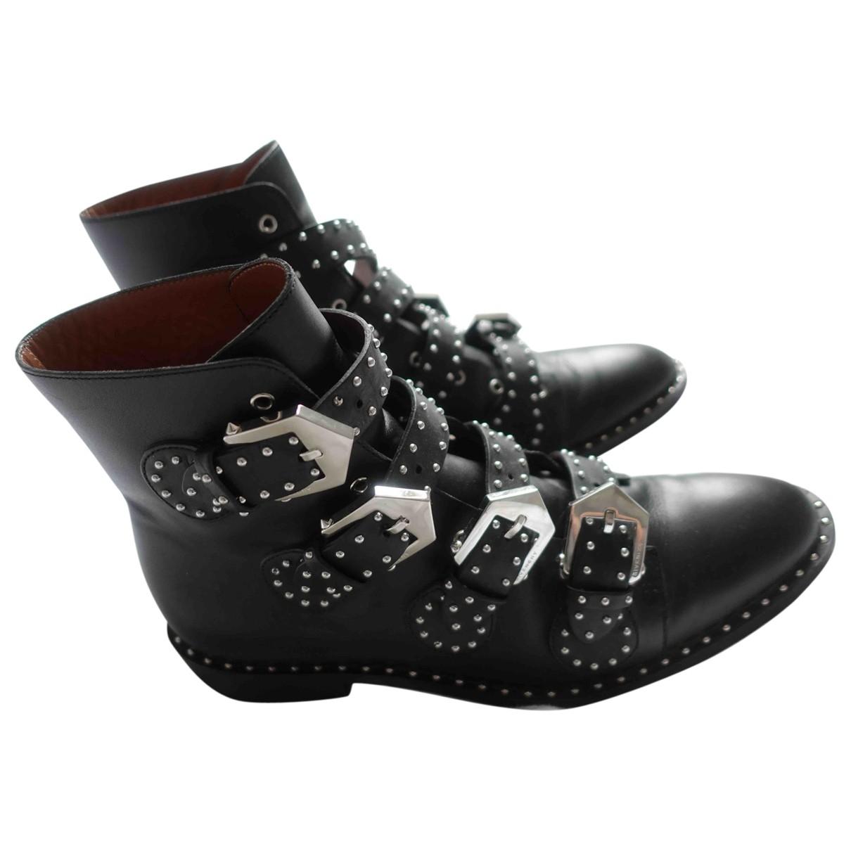 Givenchy \N Stiefeletten in  Schwarz Leder