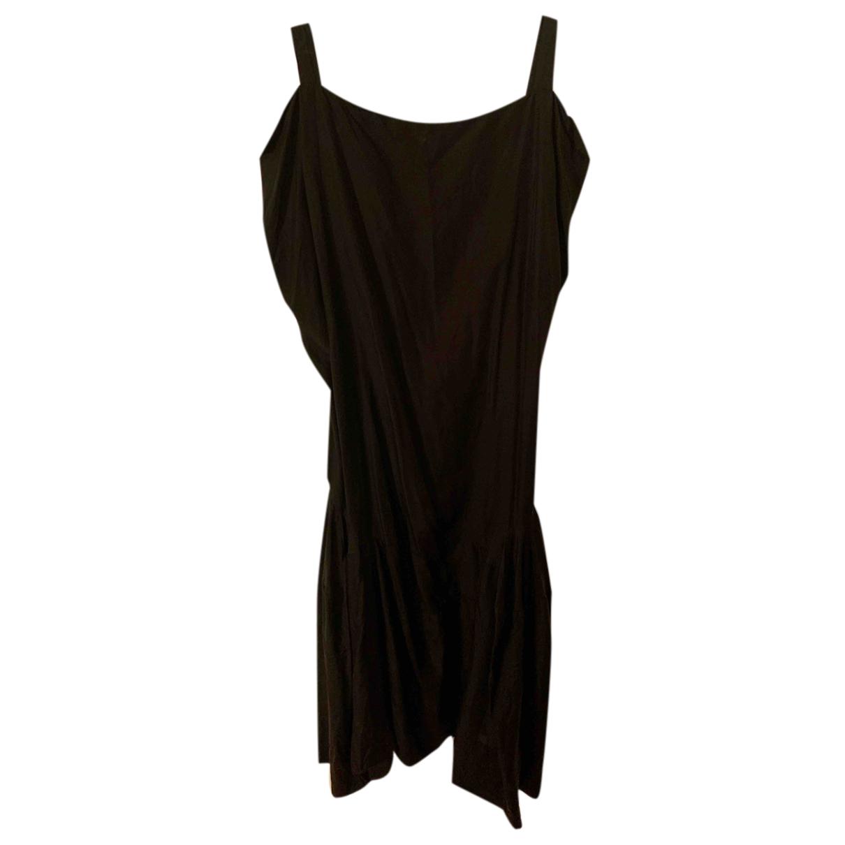 Vivienne Westwood \N Kleid in  Anthrazit Seide