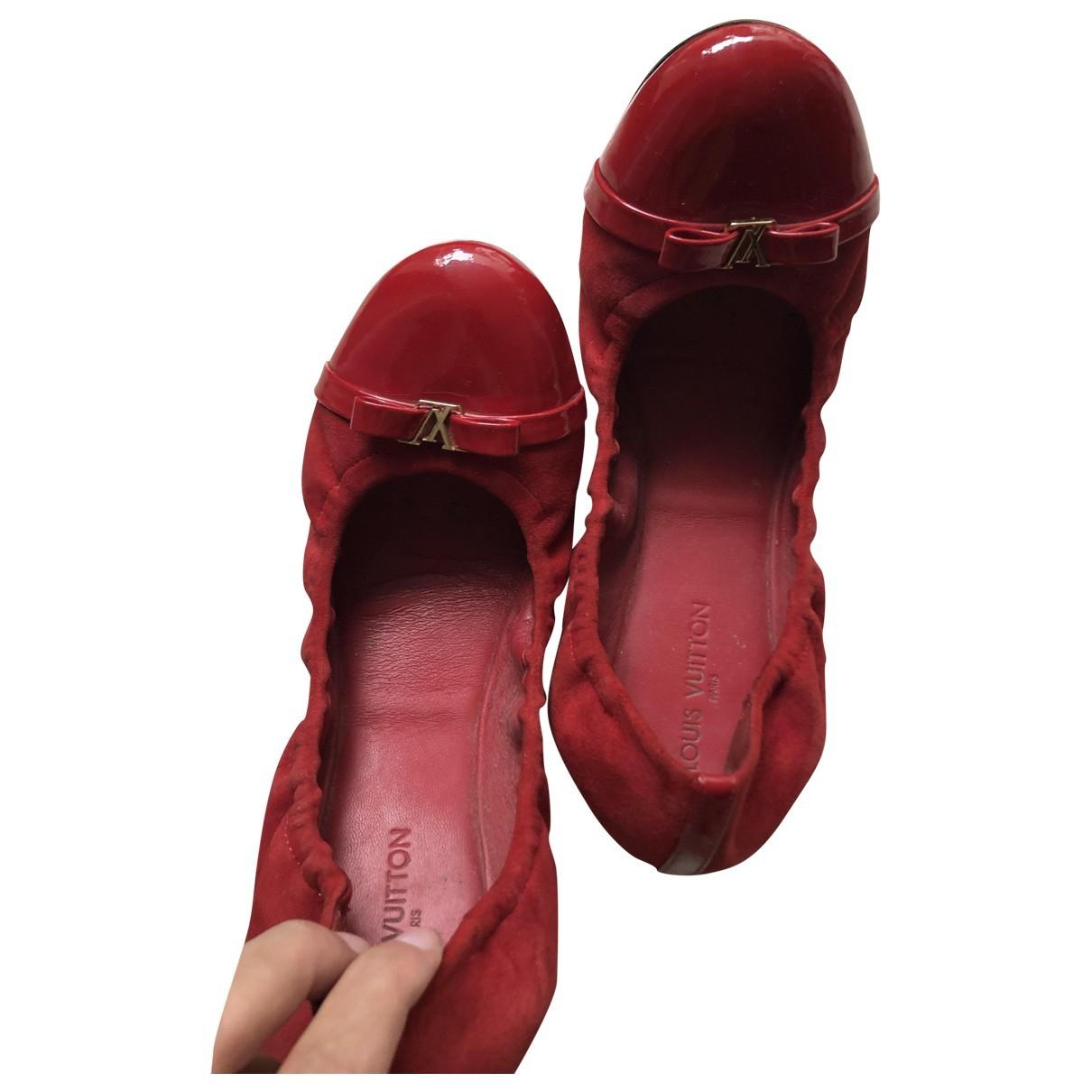 Louis Vuitton \N Ballerinas in  Rot Leder