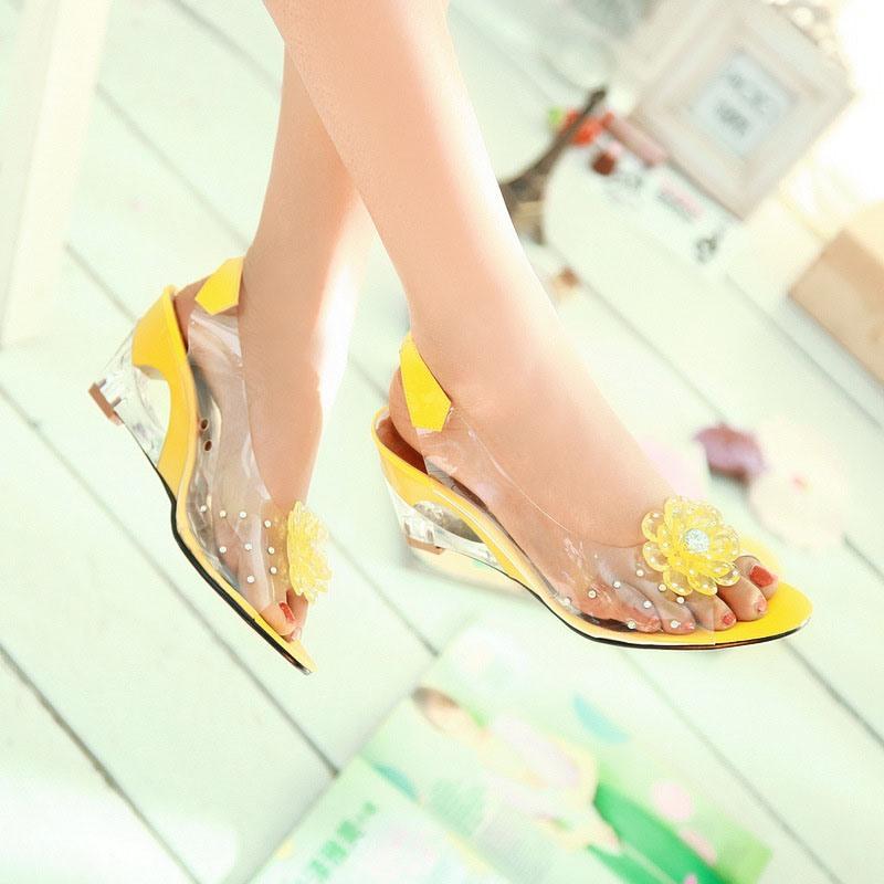 Ericdress Wedge Heel Peep Toe Slip-On Low-Cut Upper Sandals