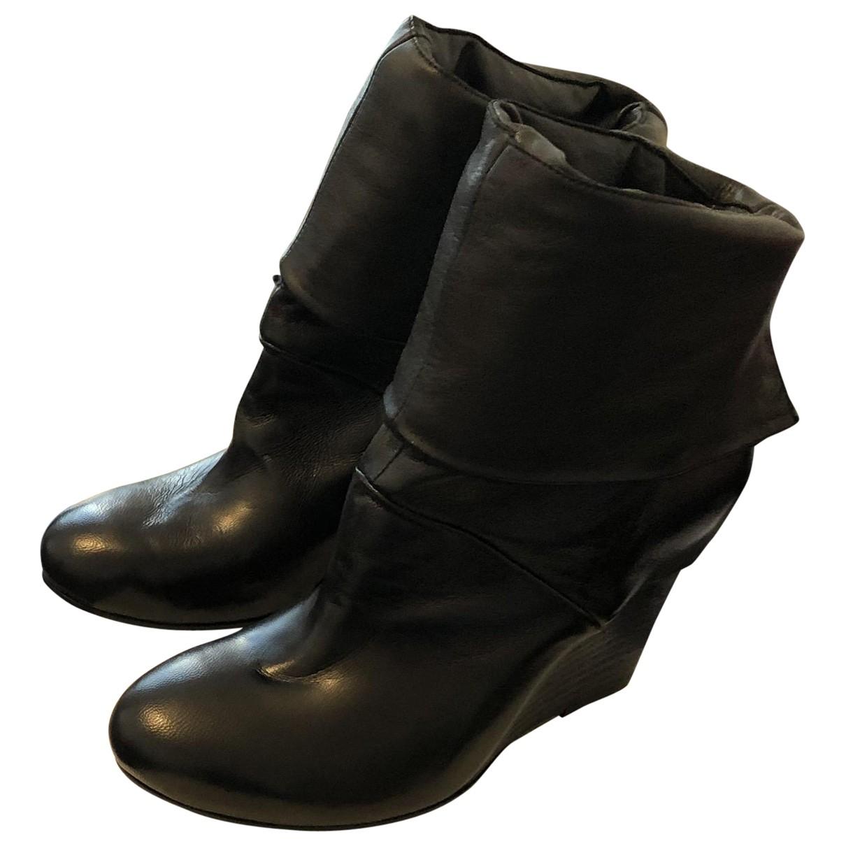 Vic Matié \N Black Leather Ankle boots for Women 36 EU