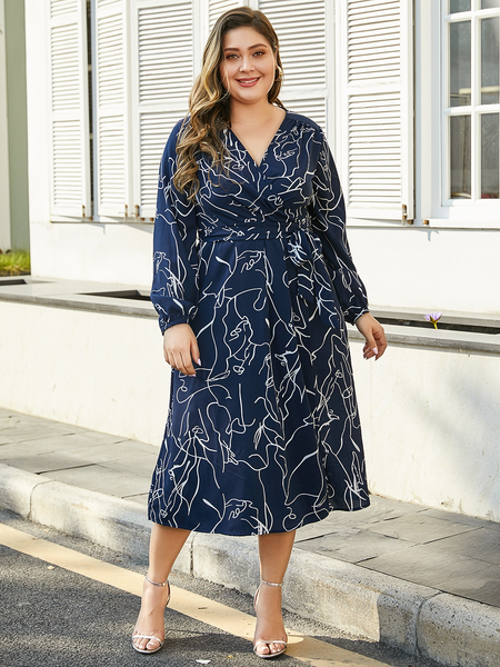 YOINS Plus Size Navy Belt Design Random Geometric Print V-neck Dress