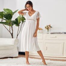 Contrast Lace Scallop Trim Night Dress