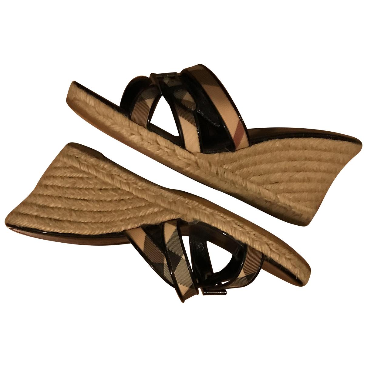 Burberry - Espadrilles   pour femme en cuir verni - beige