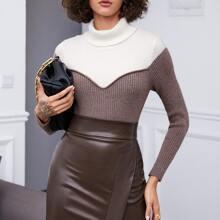 Jersey tejido de canale de dos colores de cuello embudo