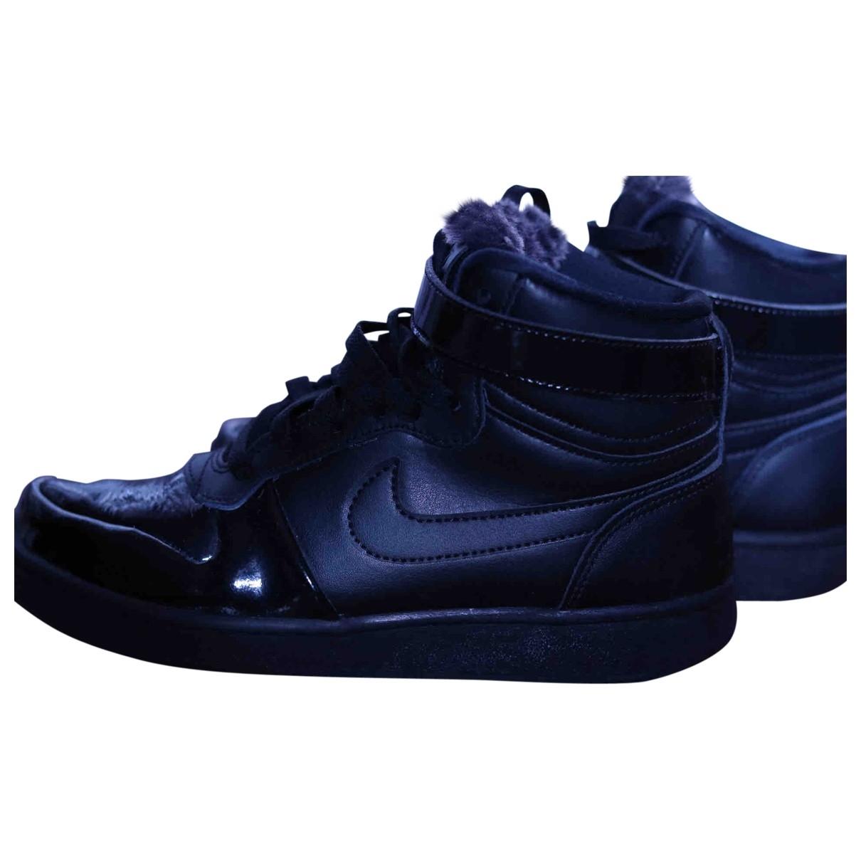 Nike \N Stiefeletten in  Schwarz Leder