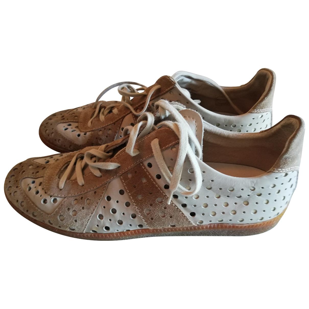 Maison Martin Margiela \N Sneakers in  Ecru Veloursleder