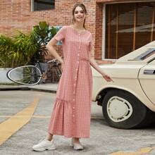 Kleid mit Karo Muster, Knopfen vorn und Ruesche