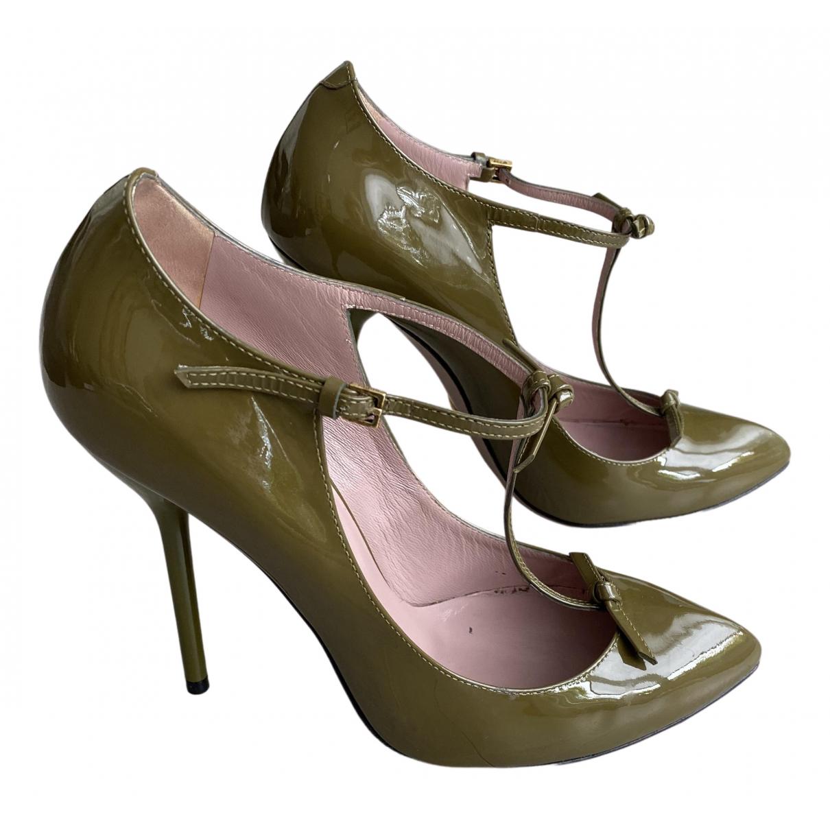 Gucci - Escarpins   pour femme en cuir verni - gris