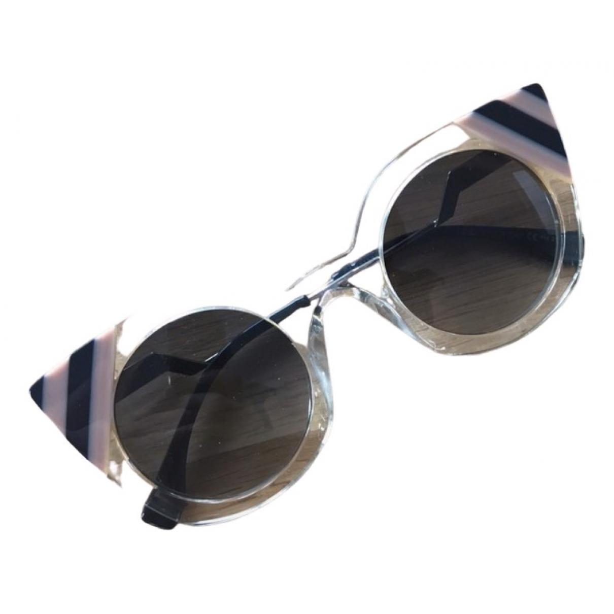 Fendi \N Beige Sunglasses for Women \N