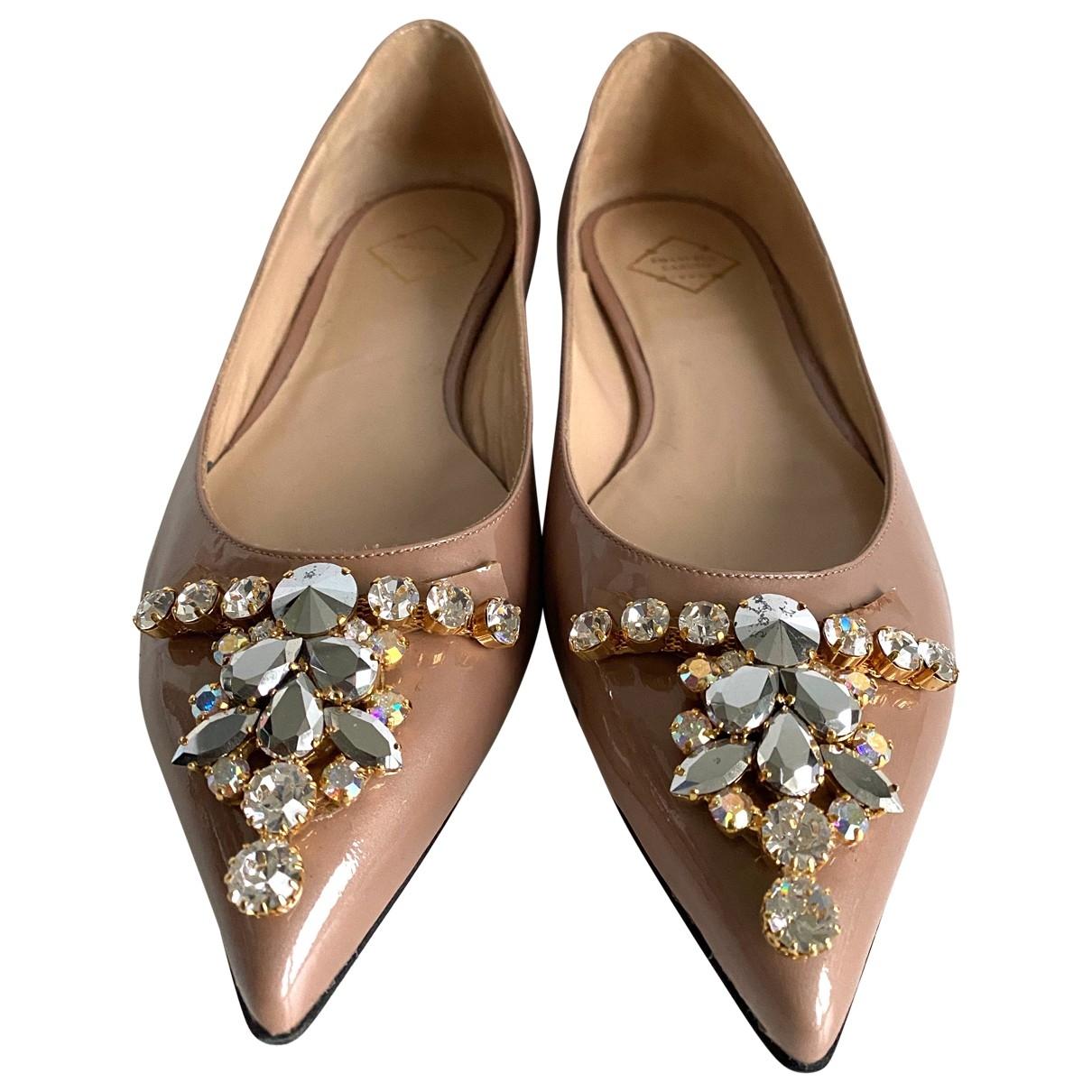 Emanuela Caruso Capri \N Ballerinas in  Beige Lackleder