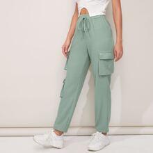 Pantalones con bolsillo con solapa de cintura con cordon