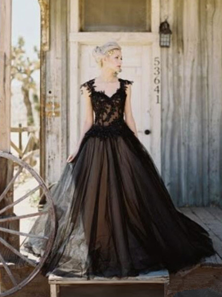 Milanoo Black Loyal Wedding Dresses Tulle Princess Silhouette Sleeveless Low Rise Waist Lace Court Train Bridal Gown