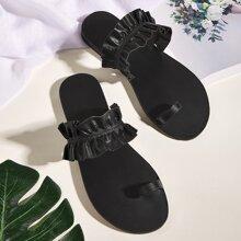 Sandalen mit Ruesche Dekor