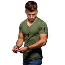 Einfarbiges T-Shirt mit Reissverschluss Detail