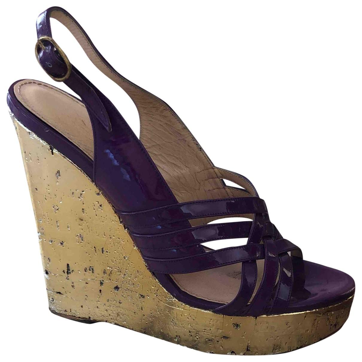 Yves Saint Laurent - Sandales   pour femme en cuir verni - violet