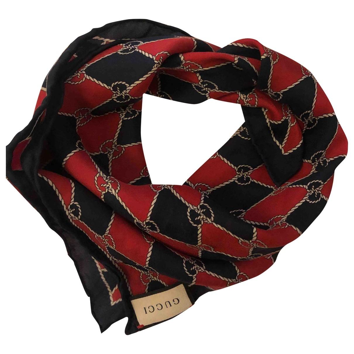 Gucci \N Schal in  Rot Seide