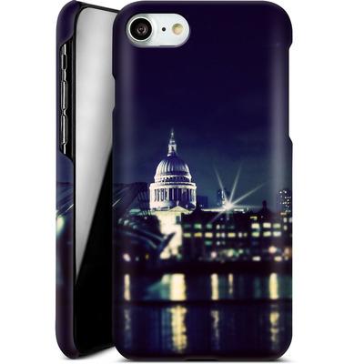 Apple iPhone 8 Smartphone Huelle - Thames von Ronya Galka