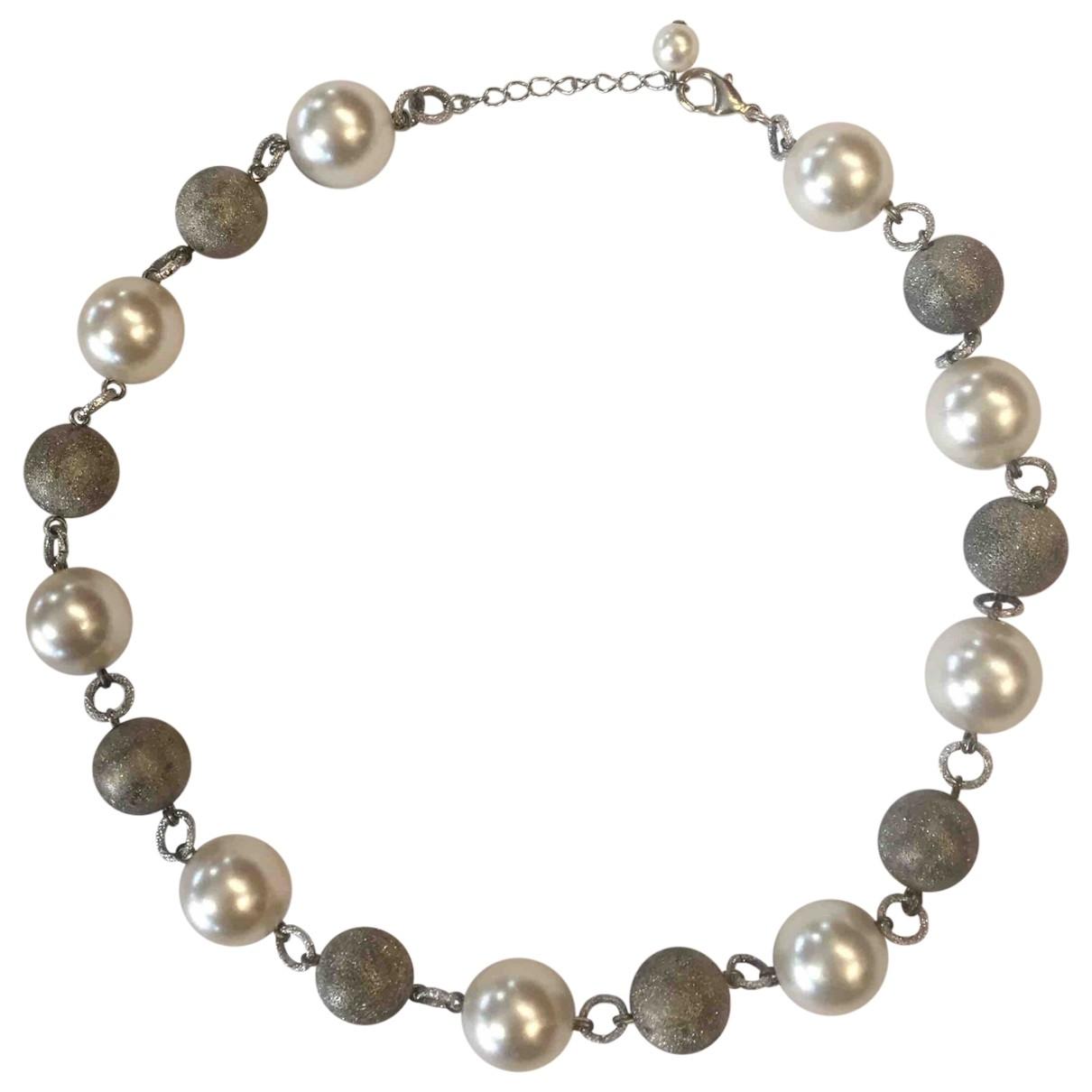 Non Signe / Unsigned \N Kette in  Grau Perlen