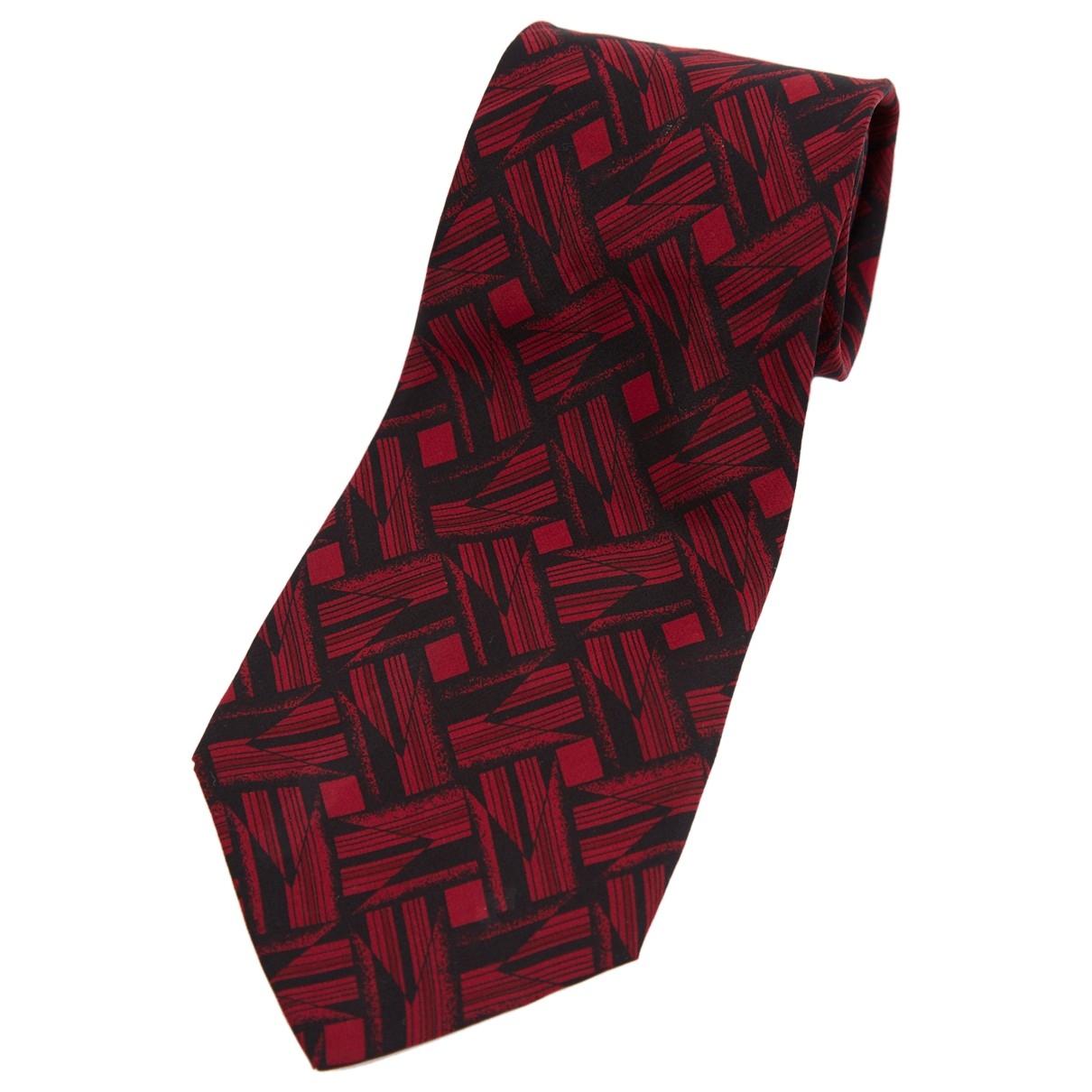 Fendi \N Red Silk Ties for Men \N