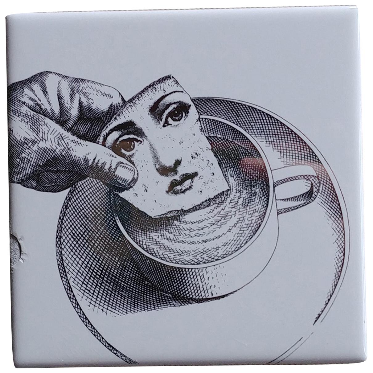 Diseño de Porcelana Fornasetti