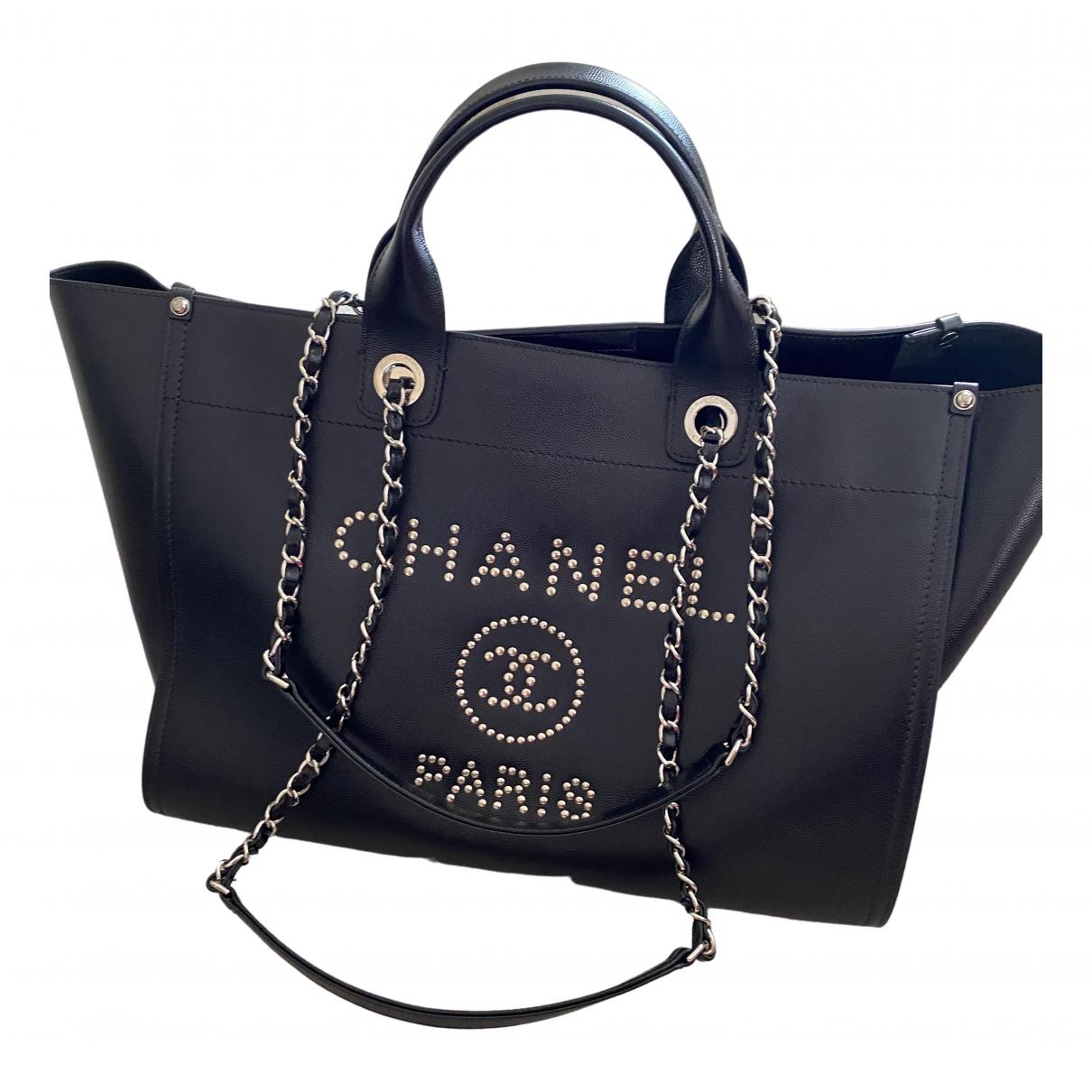 Chanel Deauville Handtasche in  Schwarz Leder