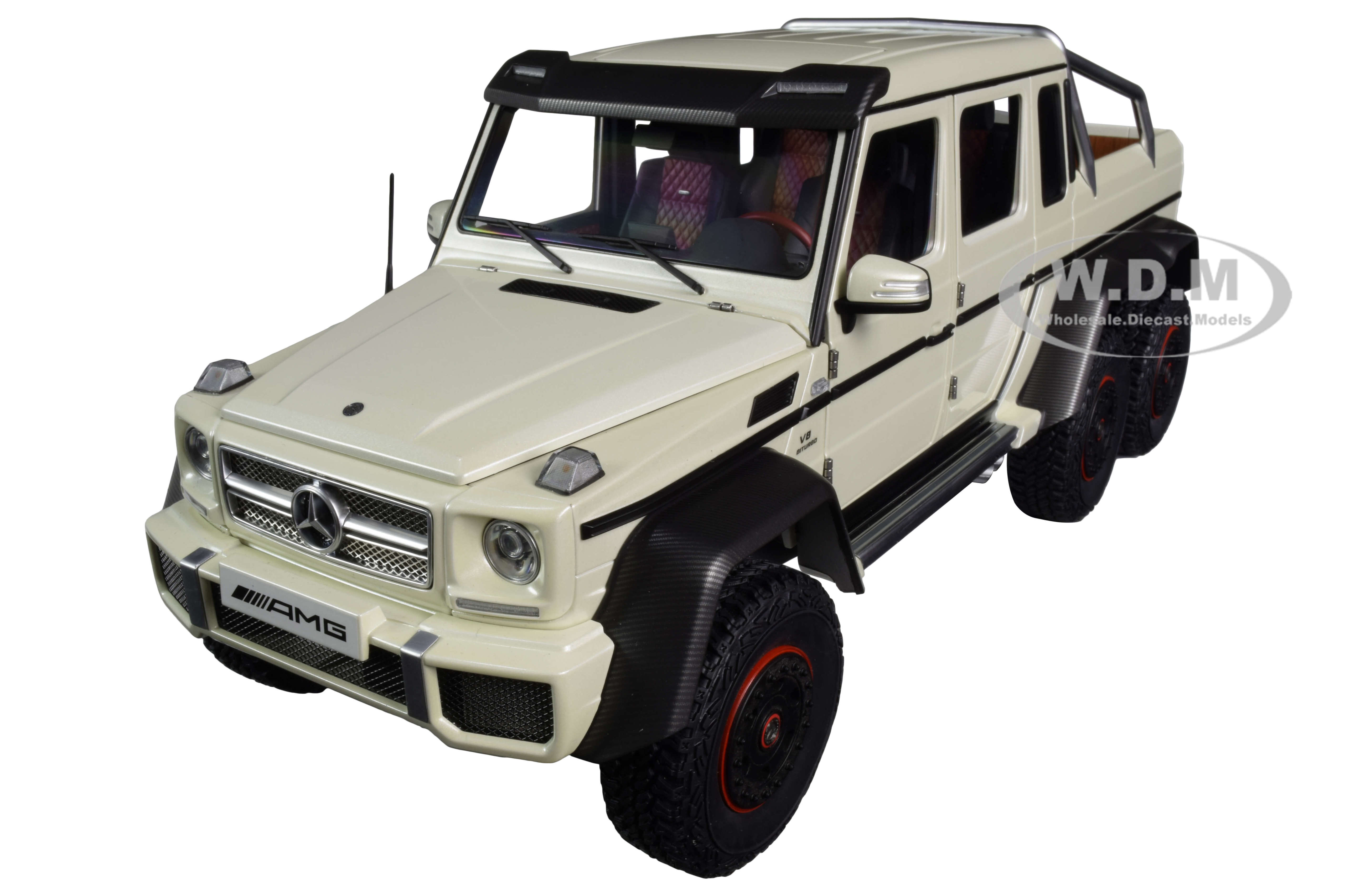 Mercedes Benz G63 AMG 6x6 Designo Diamond White with Carbon Accents 1/18 Model Car by Autoart