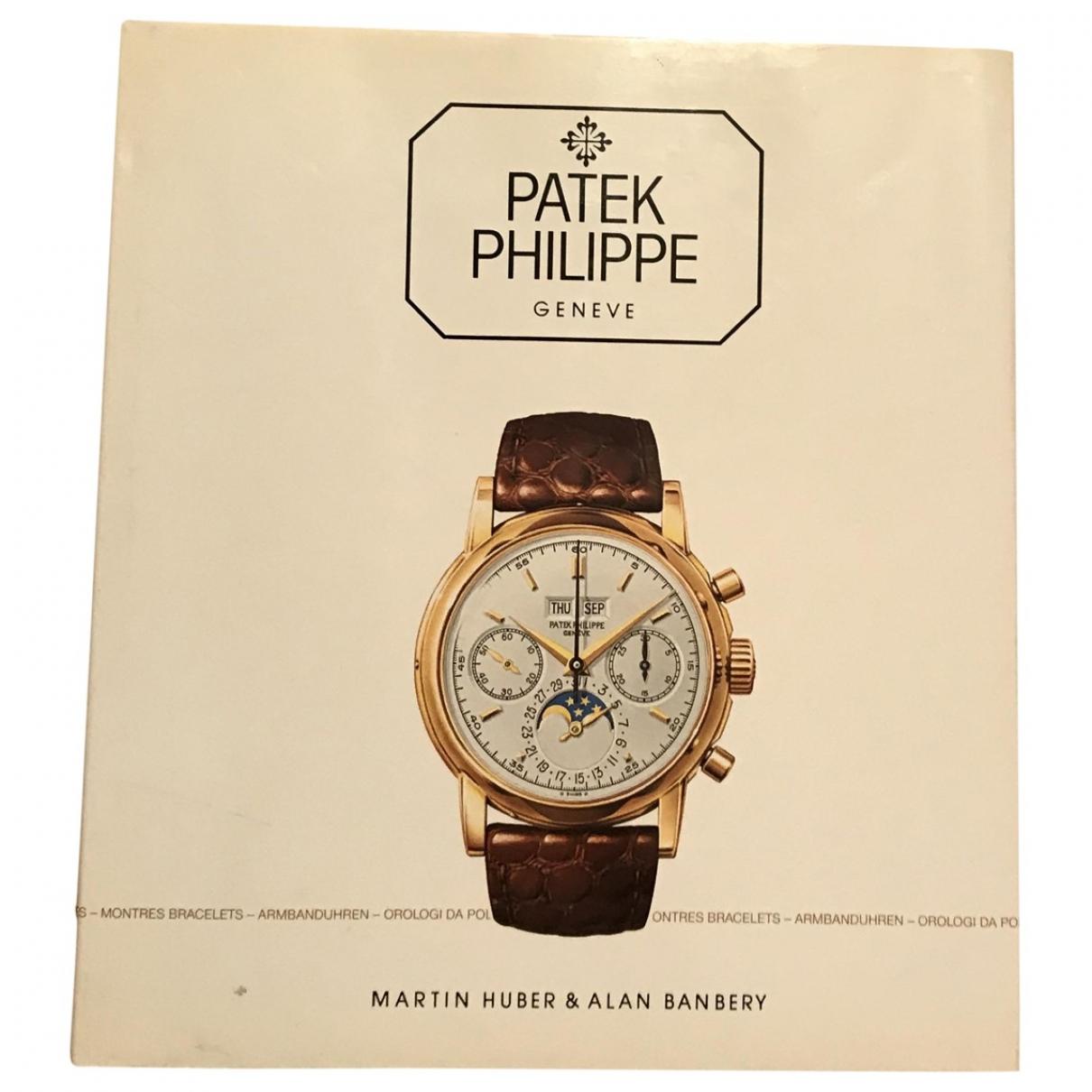 Patek Philippe \N White Wood Fashion for Life & Living \N