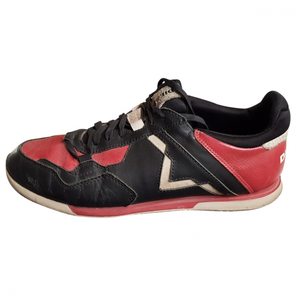 Diesel \N Red Leather Trainers for Men 42 EU