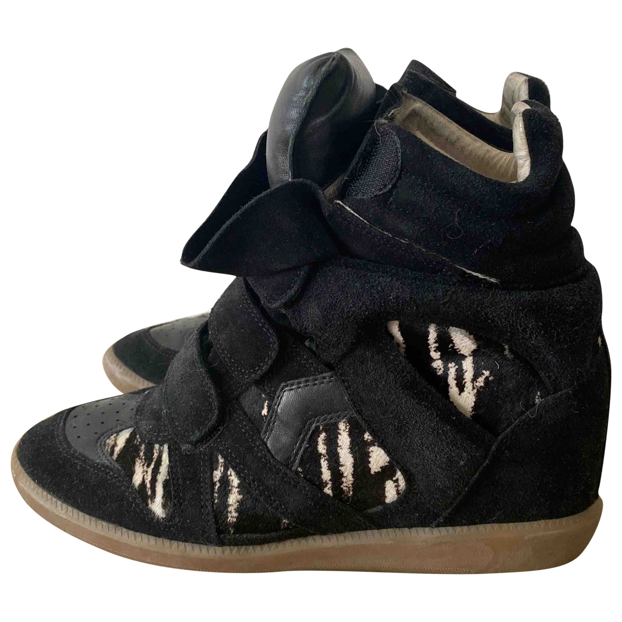 Isabel Marant Beckett Sneakers in  Schwarz Veloursleder