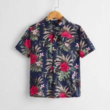 Hemd mit Taschen Klappe und tropischem Muster