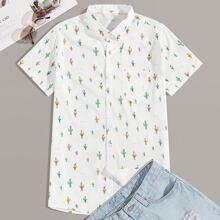 Maenner Hemd mit Knopfen vorn und botanischem Muster
