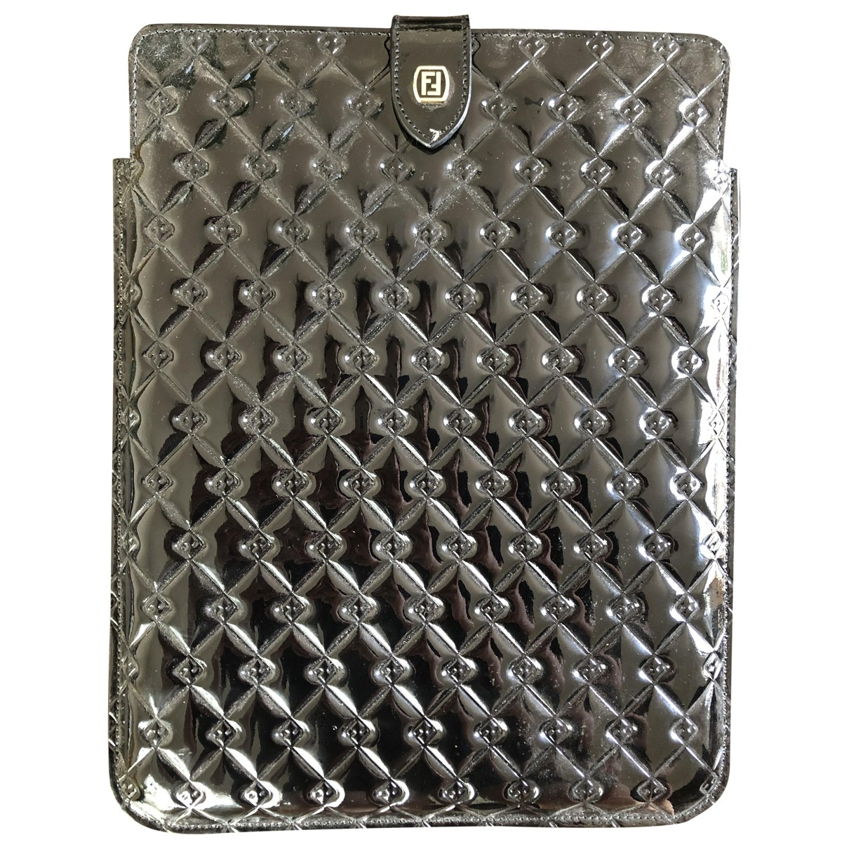 Funda ipad de Charol Fendi